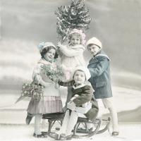 Serwetki 33x33 cm - Children with Christmas Tree