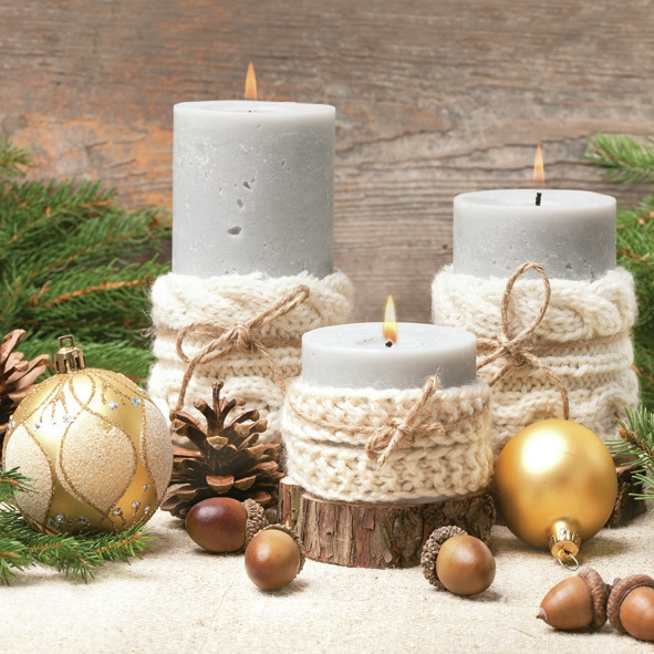 Servilletas 33x33 cm - Xmas Candles in Knitting Sweater